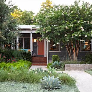 Inspiration för en vintage veranda framför huset