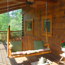 Traditional Porch by Premier Properties Real Estate LLC