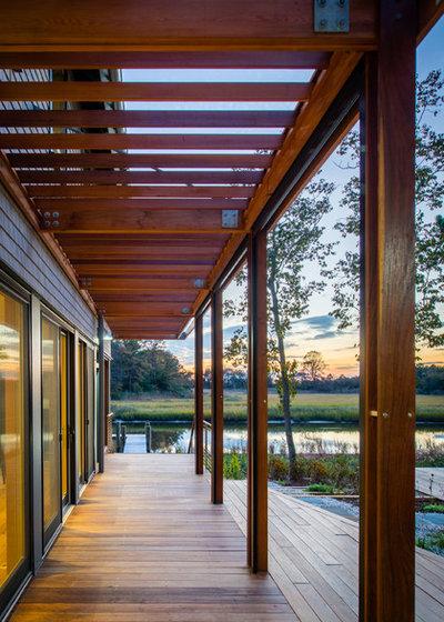 Farmhouse Porch by Gardner Architects LLC