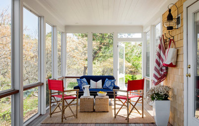 Houzz Tour: Breezy and Fuss Free in Cape Cod