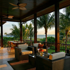 tropical porch by K2 Design