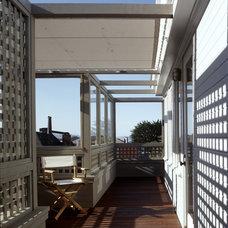 Modern Porch by Cary Bernstein Architect
