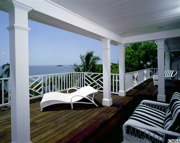 Tropical Porch by Clifford M. Scholz Architects Inc.
