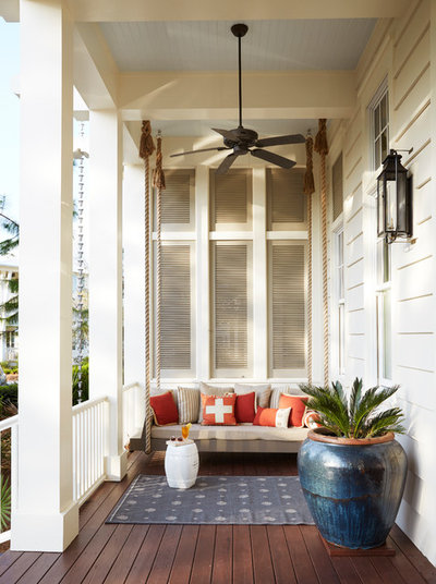 Beach Style Porch by T.S. Adams Studio, Architects