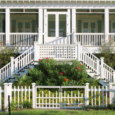 Traditional Porch by Herlong & Associates Architects + Interiors