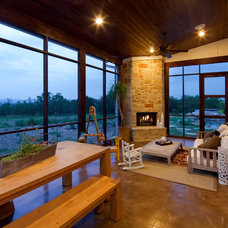 Contemporary Porch by New Urban Home Builders