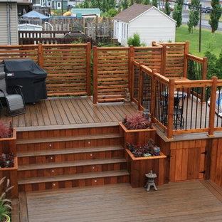 Trendy porch idea in Montreal