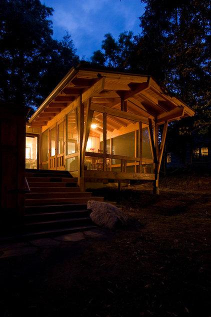 Modern Porch by Daryl S. Rantis Architect