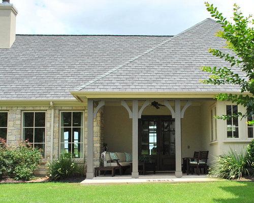 34 1.5 Story Homes Medium Sized Veranda Design Photos