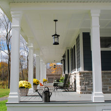 Traditional Porch by Maple Leaf Custom Homes