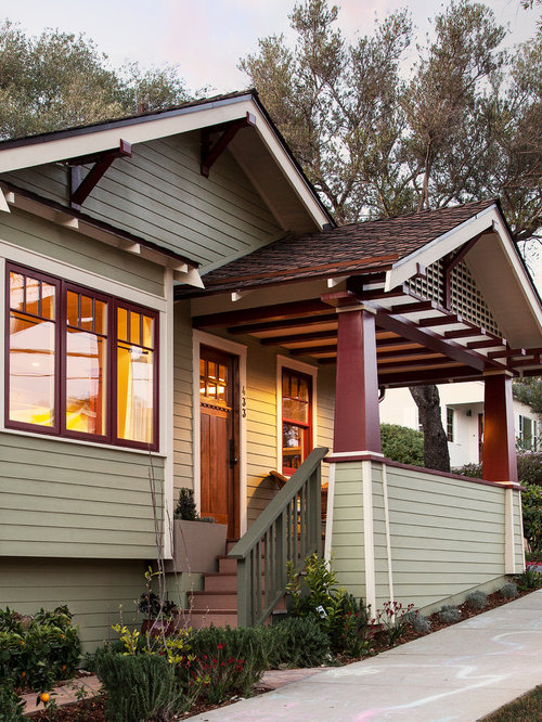 This Is An Example Of A Small Craftsman Front Porch Design In Santa Barbara  With A