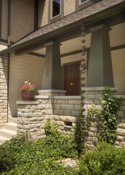 Craftsman Porch by Melaragno Design Company, LLC