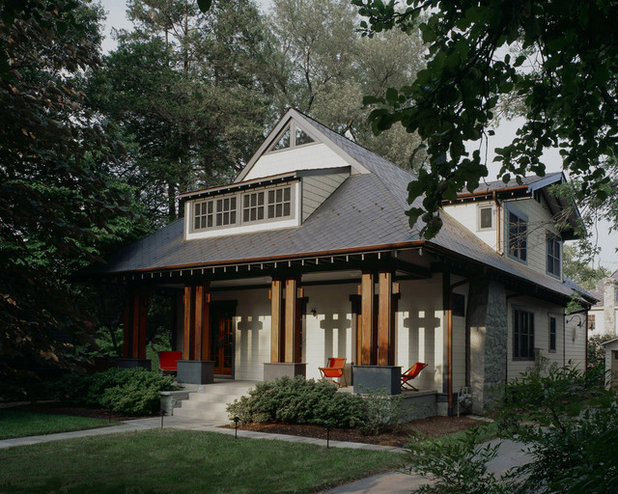 Craftsman Porch by Gardner Architects LLC