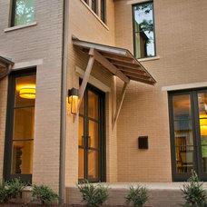 Contemporary Porch by TATUM BROWN CUSTOM HOMES