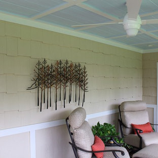 Inspiration for a porch remodel in Minneapolis