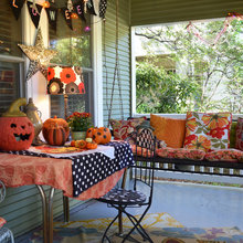 Fall Decor: Mix and Match Halloween Tablescapes