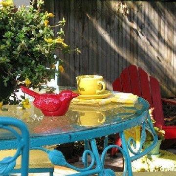 Dear Daisy Cottage- patio