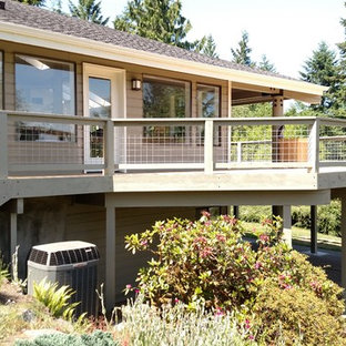 Minimalist porch idea in Seattle