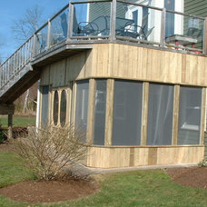 Traditional Porch by Amazing Decks
