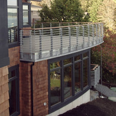 Modern Porch by Dan Nelson, Designs Northwest Architects