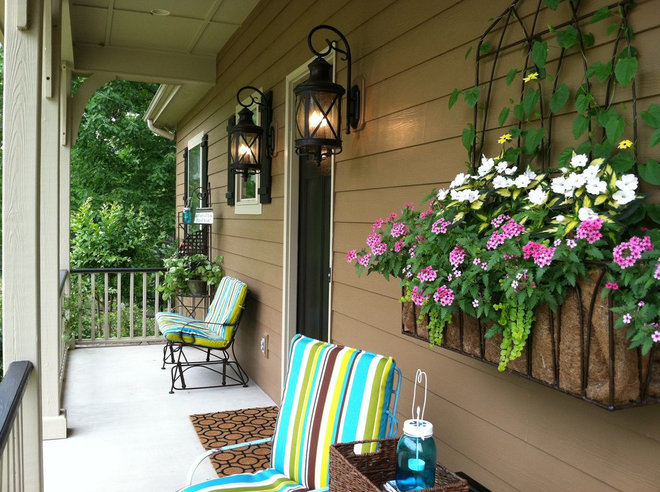 Traditional Porch by CdesignS