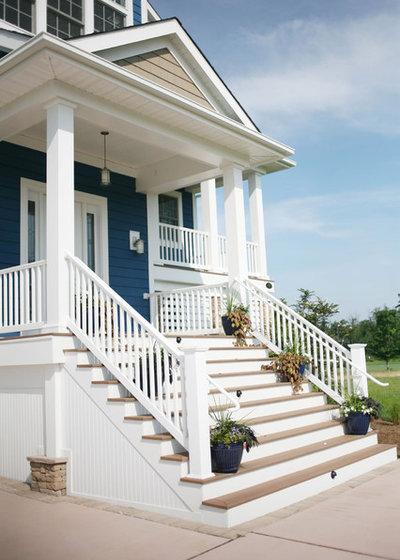 Traditional Porch By Echelon Custom Homes