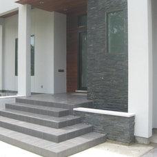 Modern Porch by Thorntree Slate