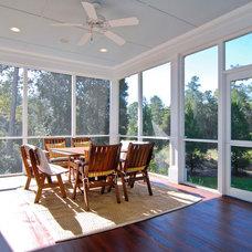Farmhouse Porch by Bergeron Custom Homes, LLC