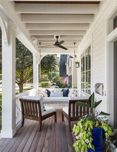 Farmhouse Porch by Siena Custom Builders, Inc.