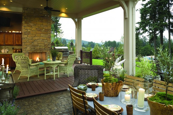Traditional Porch by Alan Mascord Design Associates Inc