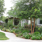 Front Yard Walkway Amp Landscaping Traditional Landscape