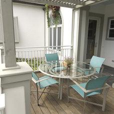 Beach Style Porch by Pine Street Carpenters & The Kitchen Studio