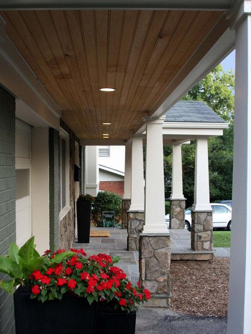 Foto e idee per esterni esterni american style for Casa in stile ranch con portico
