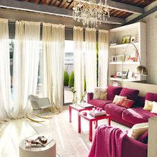 Contemporary Porch fushia sofa