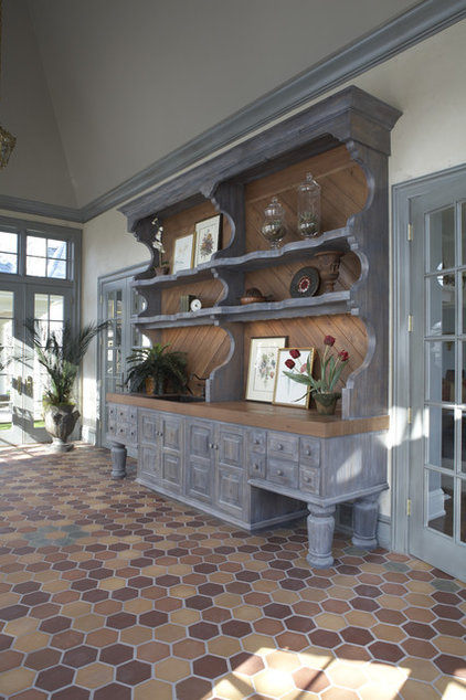 Traditional Porch by Hendel Homes