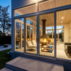Contemporary Porch by Christopher Simmonds Architect