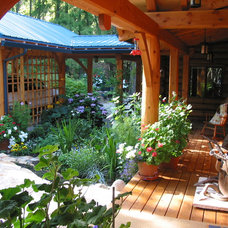 Traditional Porch by Hamill Creek Timber Homes