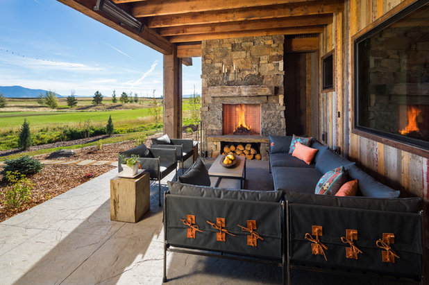 Rustic Porch By Brechbuhler Architects