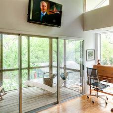 Contemporary Porch by A.GRUPPO Architects - Dallas