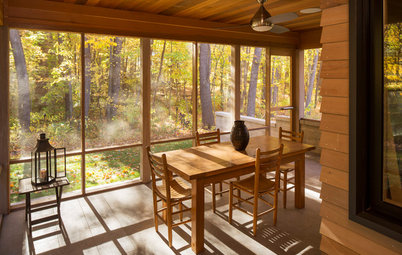 Houzz Tour: Contemporary Home in the Woods Turns Nature Into Art