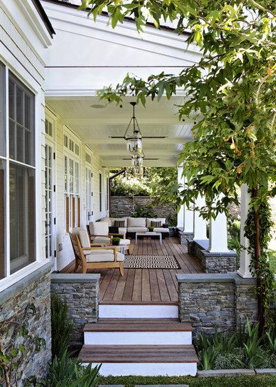 Traditional Verandah by Tim Barber Ltd Architecture