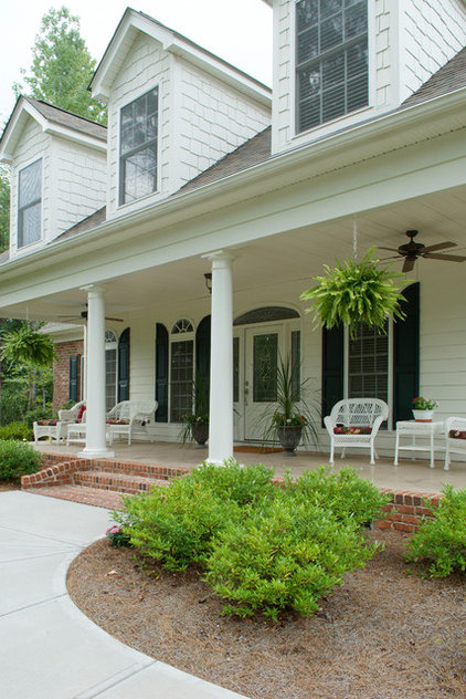 Traditional Porch by Waddell Custom Homes