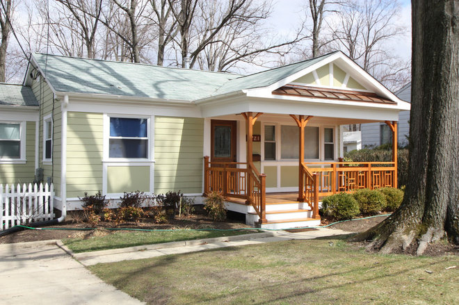 Porch by Stohlman & Kilner Remodeling Contractors