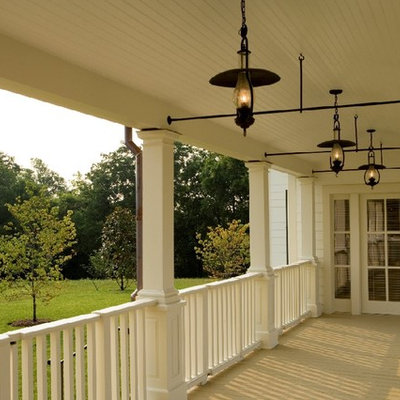 Inspiration for a country porch remodel in Nashville
