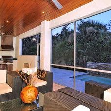 Modern Porch house on Bonita Ct, Sarasota
