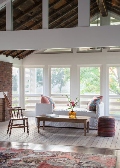Farmhouse Porch by HS2 Architecture