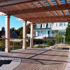 Eclectic Porch by Mataverde Decking