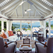 Tropical Porch by Siegel Architects
