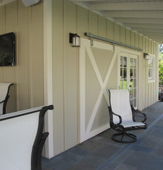 traditional porch by Joseph Farrell, Architect