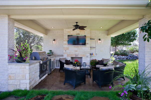 Traditional Porch by Land Design